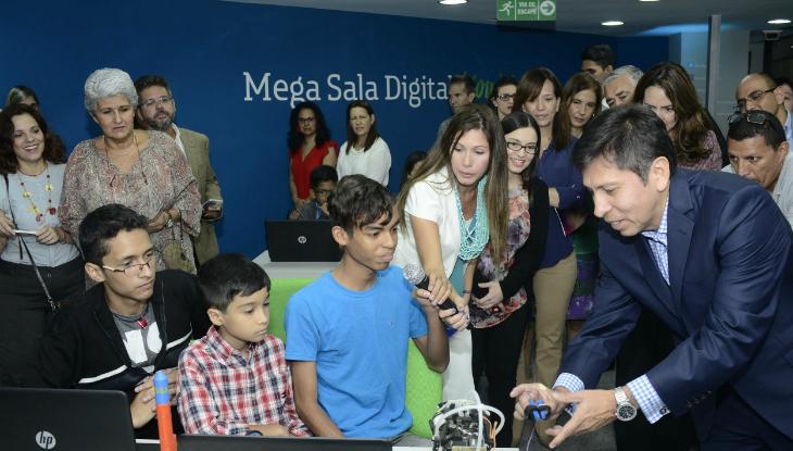 inauguracion_mega_sala_digital_2